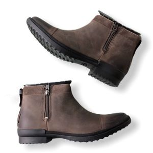 UGG NWT Leather Waterproof Booties NEW with Box